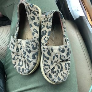 Toms Classic Velcro Animal Print Canvas Toddler